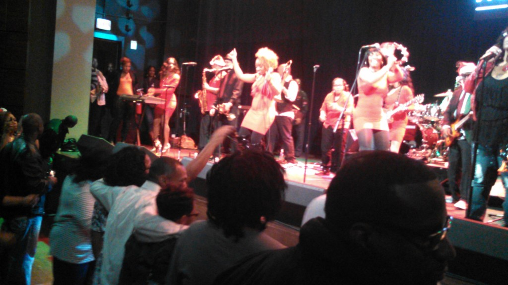 Blurry Be'la Dona pic.  Was looking for TSE.